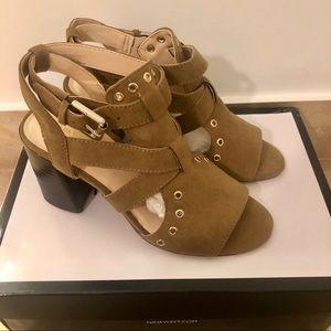 NEW! Nine West Gonovano Heels